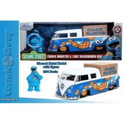 1962 VW BUS P W COOKIE...