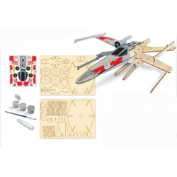 X-WING STARFIGHTER MODEL...